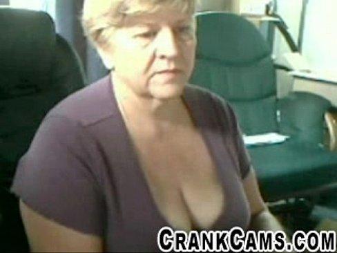 Granny Shows Her Bra At Retirement Home – Crankcams.com