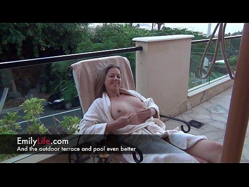 Hot Milf Spending A Hotel Week End