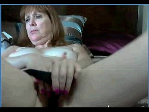 My 52yr Old Fuck Friend Trix Fingering Her Cunt On Cam  =L2M=